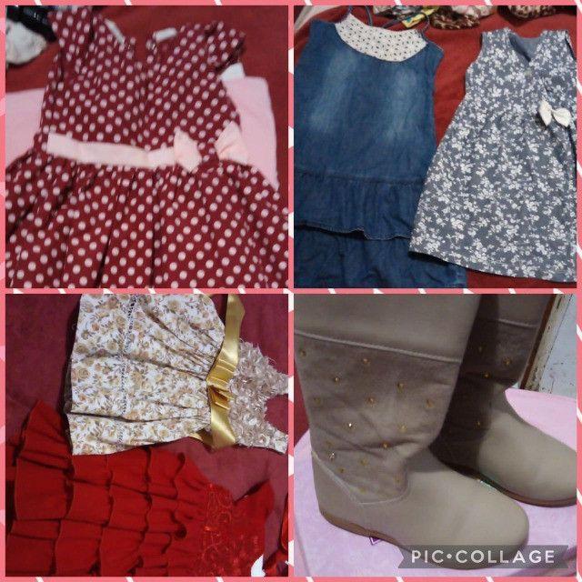 Lote de menina roupas e calçados - Foto 2