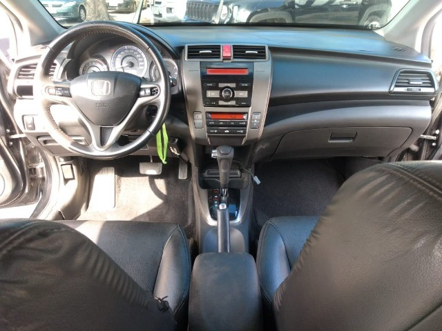 Honda City Sedan EX Flex 1.5 Aut Ano 2013 - Foto 12