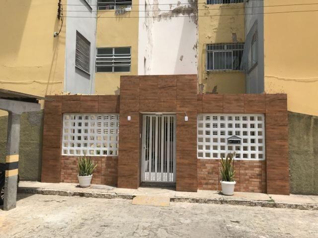 Apartamento no Residencial Beira mar, c/ 2 quartos, Bairro Aeroporto