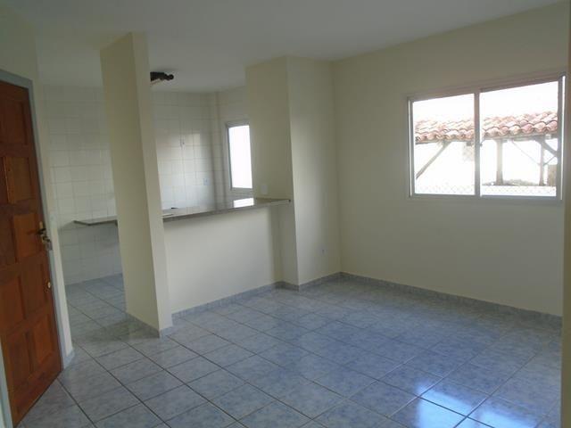 Apto +2 quartos+ suite+ varanda, de frente para rua na Praia do Morro