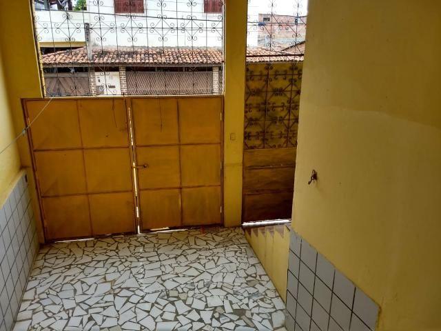 Casa 2/4 itapuã km17 - Foto 2