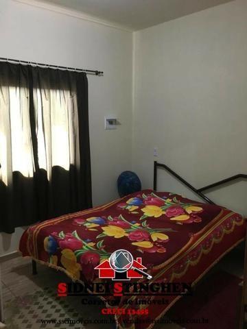 Casa na Praia, 02 dormitórios, laje, piso cerãmico e terreno todo murado - Foto 9