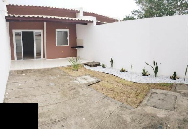 Casas com 2 Quartos sendo 1 Suítes com Acabamento diferenciado, paisagismo