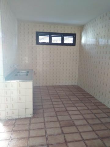Alugo ou Vendo casa Dias Macedo - Foto 8