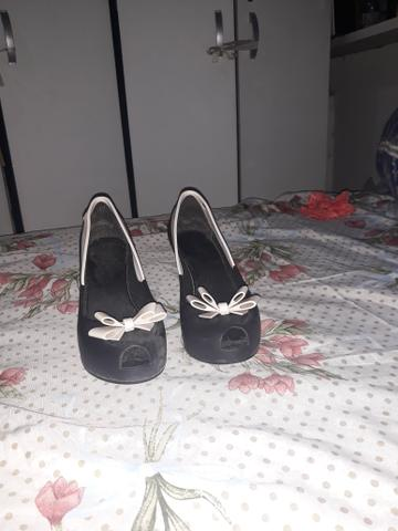 Vendo um sapato n 36 melissa original - Foto 3