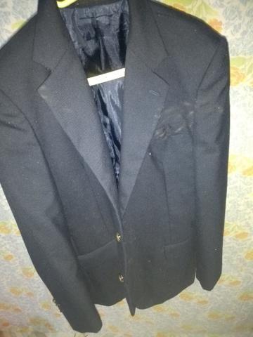Terno: Calça N° 36 e Blazer N° 42 . Blazer preto: N° 44 + 2 gravatas - Foto 4