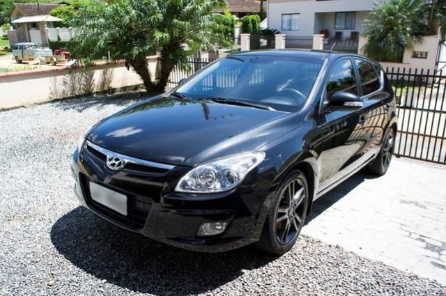 Hyundai i30 2010 Automático 2.0 145cv