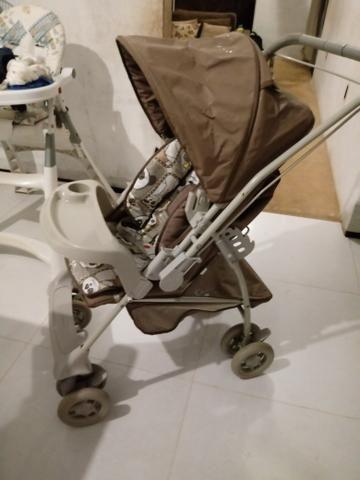 Carrinho de bebe R$250,00