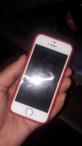 Troco IPhone 5S por IPhone 6 com torna da minha parte - Foto 2