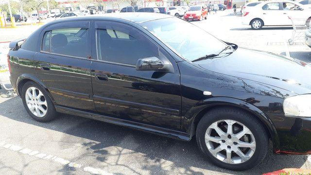 GM Astra 2011 - Foto 3