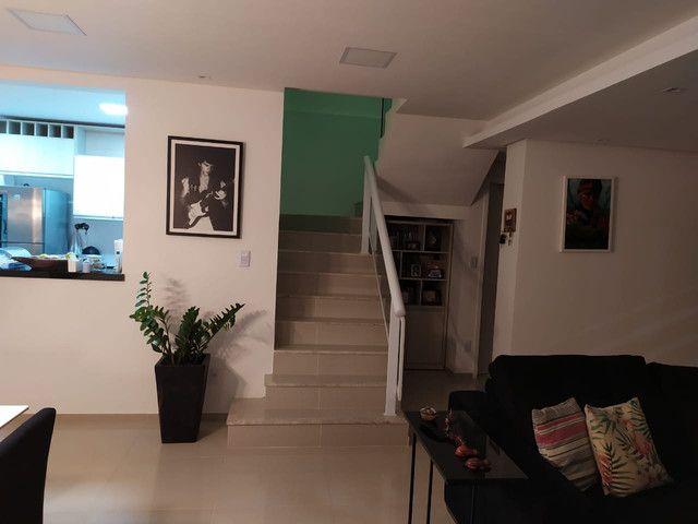Casa de condomínio, possui 124 m2 com 3 quartos sendo 2 suítes e 1 semi-suíte - Foto 7