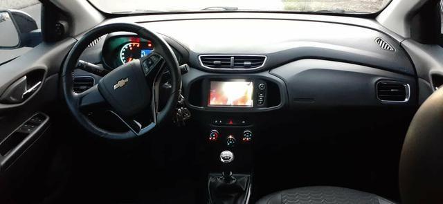 Vende-se Chevrolet Onix LTZ 1.4 semi novo modelo 2018 - Foto 2