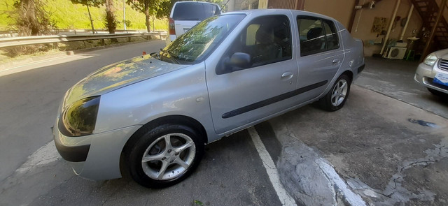 Renault Clio 1.6 Completo