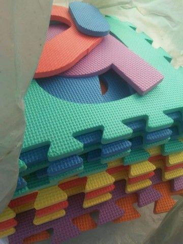 Conjuntos . Sapatos e tapete com 10 peças  - Foto 5