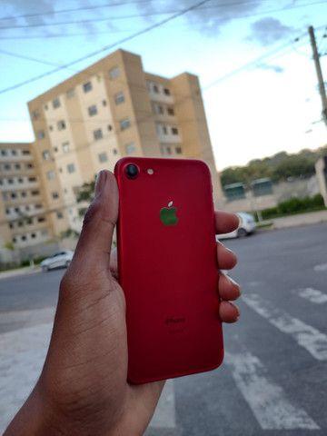 iPhone 7red 128gb bateria 96% - Foto 2