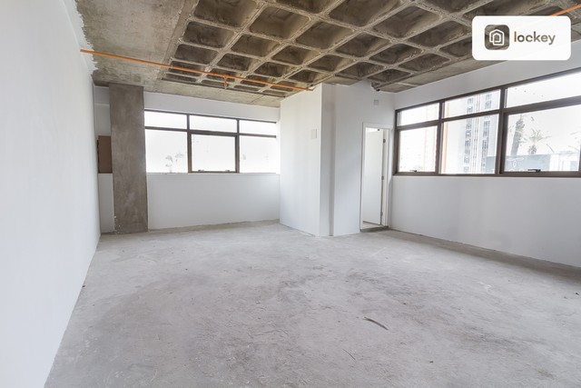Sala com 132m² - Foto 6