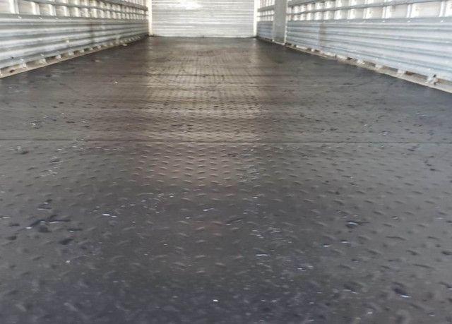 Ford Cargo 1317 - Truck 6x2 Baú de 11m - Foto 14
