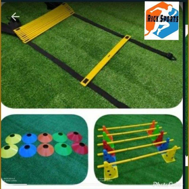 Kit Funcional Profissional (  Escada Pvc 10 cones e 1p Chapéis
