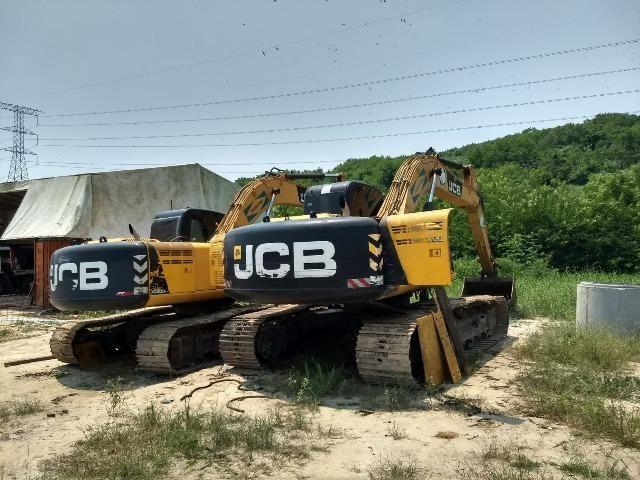 Escavadeira jcb js 200 - Ano 2014 - Aceito Carro - Terreno - Casa - Apartamento