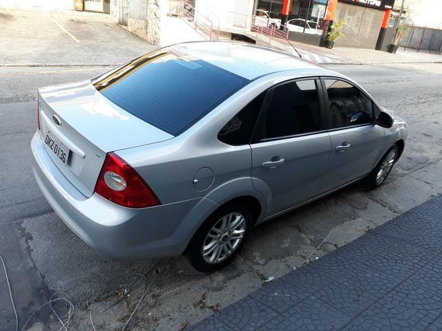 Ford Focus Glx 2.0 flex sem entrada - Foto 4