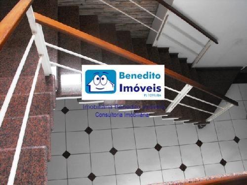 COMPLEXO COMERCIAL NO CENTRO DA CIDADE