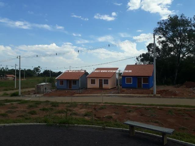 Casa 2 dormitórios com pátio grande, em Nova Santa Rita - Foto 2