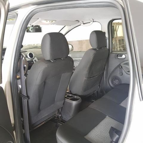 Ford Fiesta Sedan 1.6 12/13 - Troco e Financio! - Foto 12