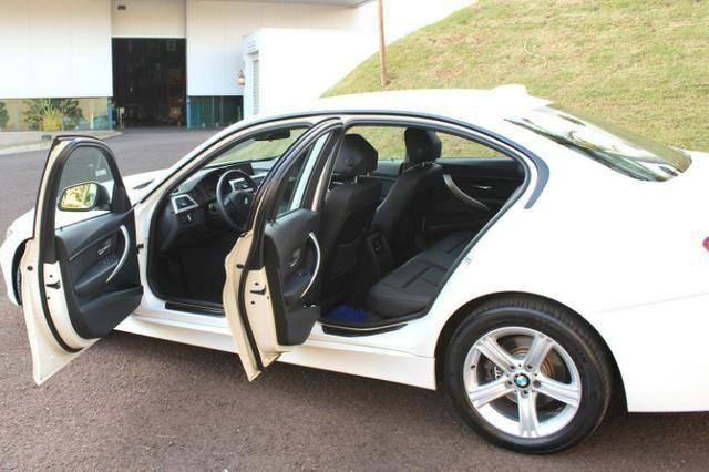 BMW 320i 2013/2014 - Foto 5