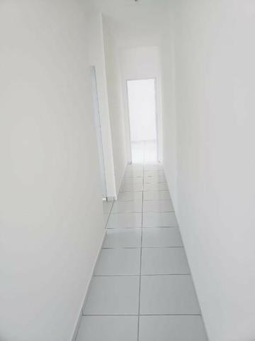 Casa com 3 quartos garagem para 2 carros e Varanda bem espaçosa com Documentação Grátis - Foto 10