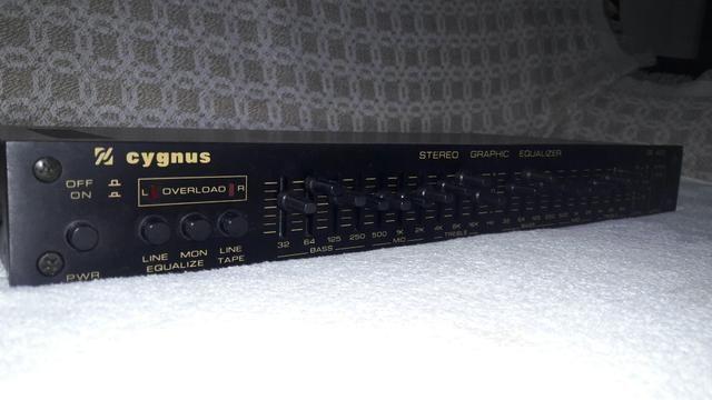 Equalizador Cygnus Model Ge400 (Black)