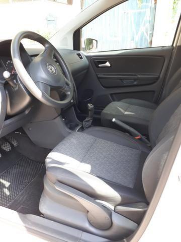 Volkswagen Fox 1.0 (Flex) 4p - 2013 - Foto 6