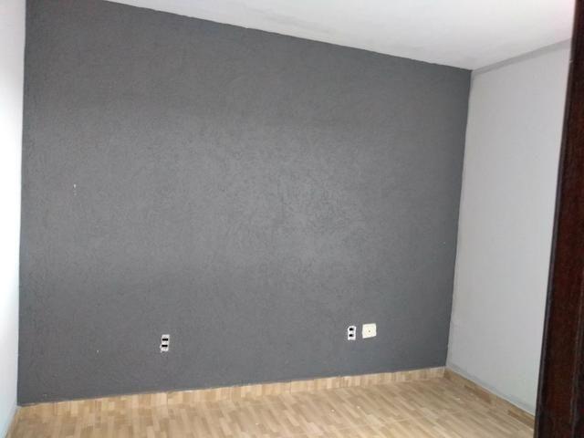 Alugo ótimo apartamento de 2 qts com varanda garagem QN8D riacho fundo 2 - Foto 5