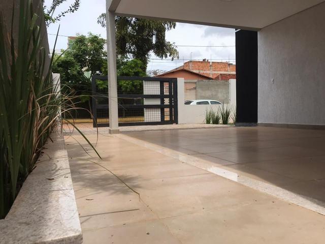 Belíssima casa ótima localização em Vicente Pires, estuda troca! - Foto 5