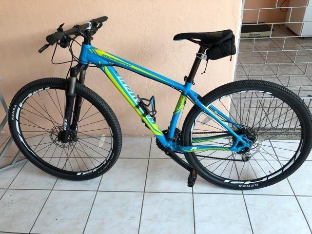 Bicicleta specialized Aro 29 + Acessórios