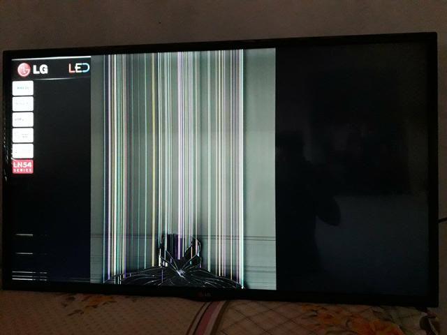Tv lg de led 42 plg semi nova só R$ 250,00 - Foto 5