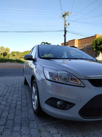 Ford Focus GLX 1.6 Hatch - Foto 4