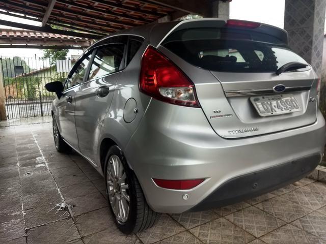 Vendo New Fiesta Titanium 2014 Hatch