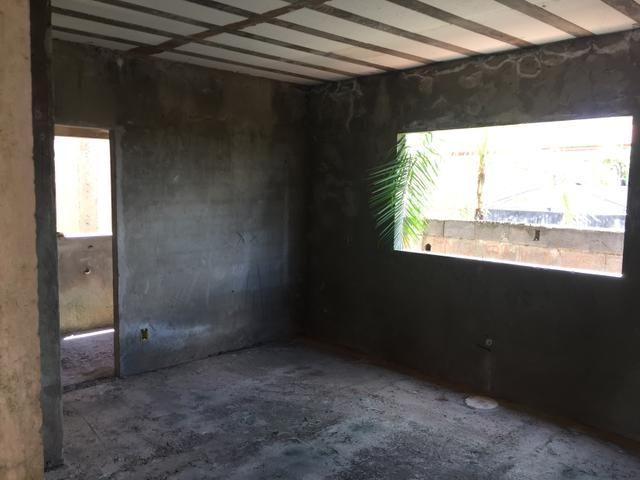 Casa inacabada de 3 qtos na entrada da Arniqueiras quadra 4 - Foto 9