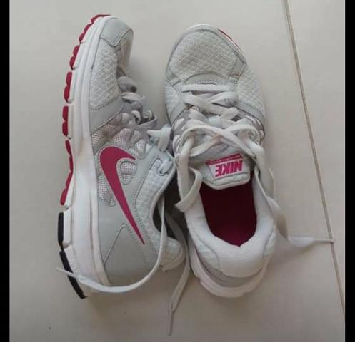 Tenis Nike 36 - Roupas e calçados - Guaraituba 6c86e8671532b