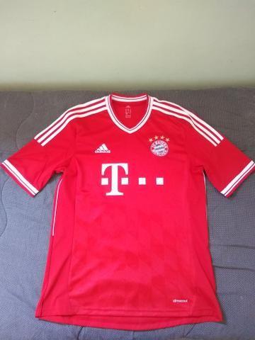Camisa do Bayern de Munique - Roupas e calçados - Vila Cloris 7447465e2c1c2