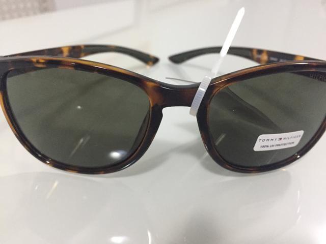 79a1ad04d Óculos de sol Tommy Hilfiger original - Bijouterias, relógios e ...