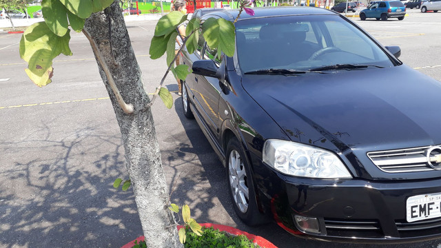 GM Astra 2011 - Foto 5