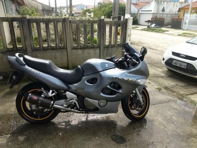 Raridade moto GSX 750 impecável - Foto 4