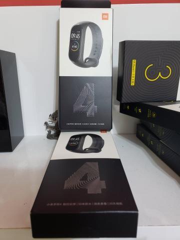 Relógio monitor cardíaco mi Band 4 em português entrega gratuita em toda baixada