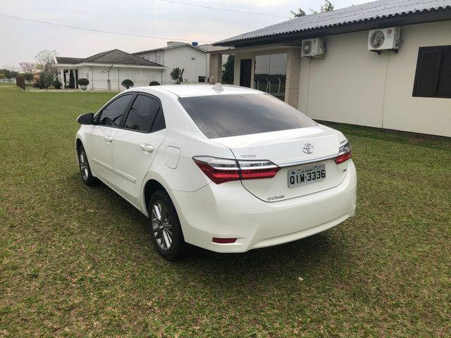 Toyota Corolla gli upper 2019 automático branco pérola - Foto 3