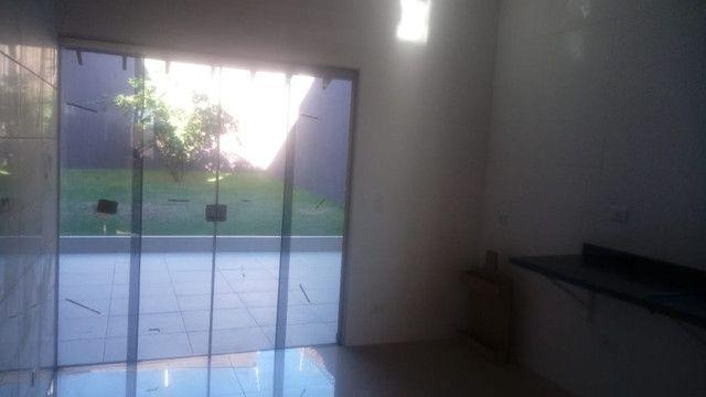 Lindo Sobrado Monte Castelo - Foto 11