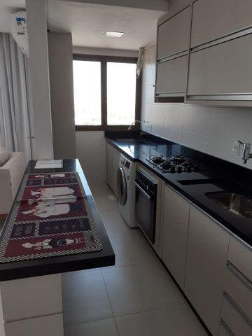 Apartamento no centro de Torres de dois dormitórios... - Foto 3