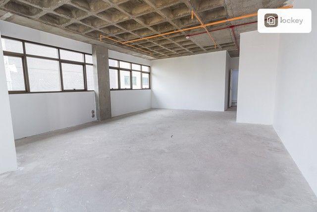 Sala com 132m² - Foto 5