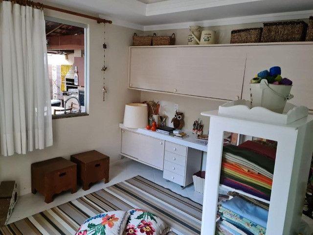 Vendo Belíssima casa em Santa Teresa no bairro Jardim da Montanha - Foto 10