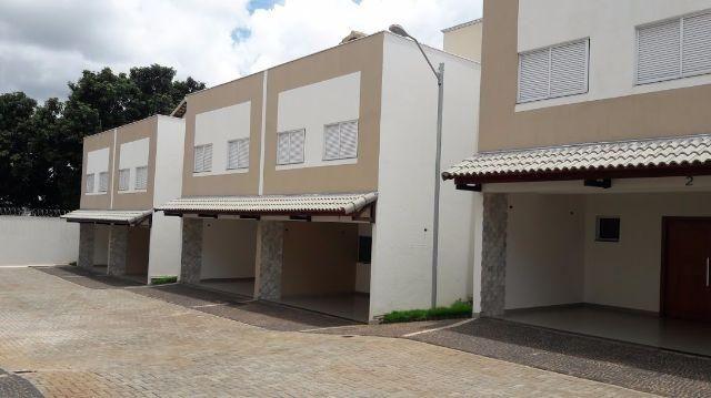 Casa Alto Padrão Condomínio 3/4 . 434.000,00